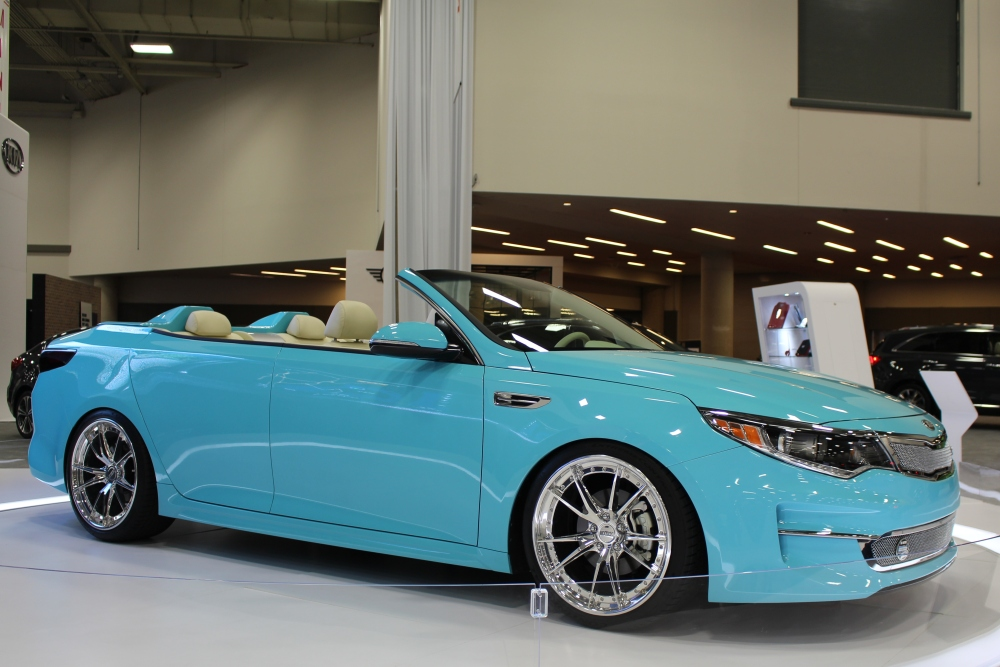 DFW Auto Show New Model Year Vehicles And HighEnd Dream - Dallas car show 2018