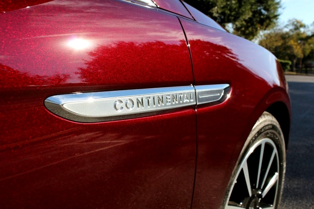 Riding Like a Rock Star in the New Lincoln Continental