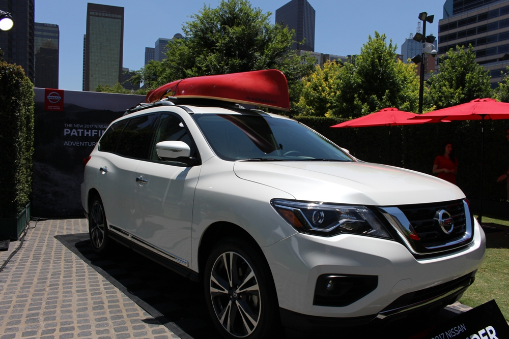 Nissan Introduces 2017 Pathfinder and Announces New Partnership with Klyde Warren Park