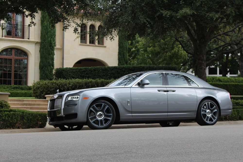 5 Reasons Every Girl NEEDS a Rolls-Royce Ghost