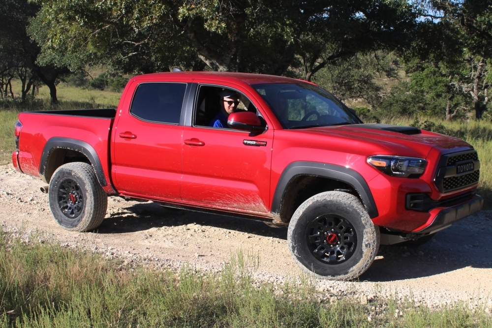 2017 Toyota Tacoma Trd Pro Named Mid Size Pickup Truck Of