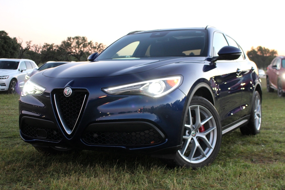 2018 Alfa Romeo Stelvio - the New Crossover of Texas Champion | News | USA