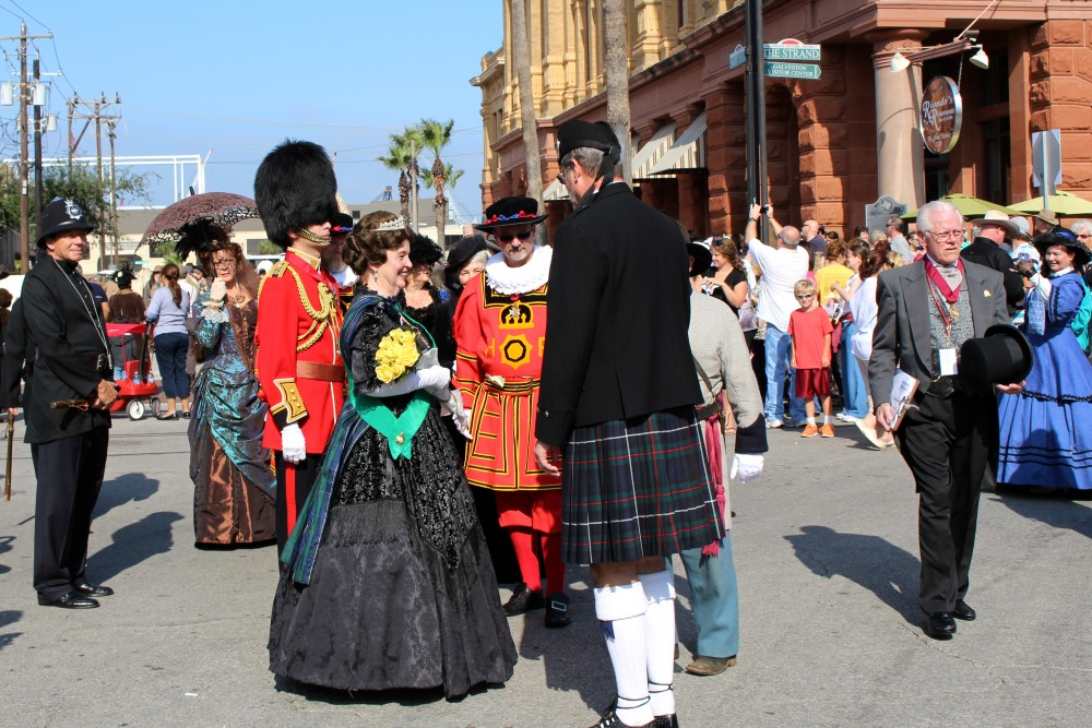 Dickens on the Strand Brings 19th-Century Victorian London to Galveston Island in 2016 | Gulf Coast, Texas, USA