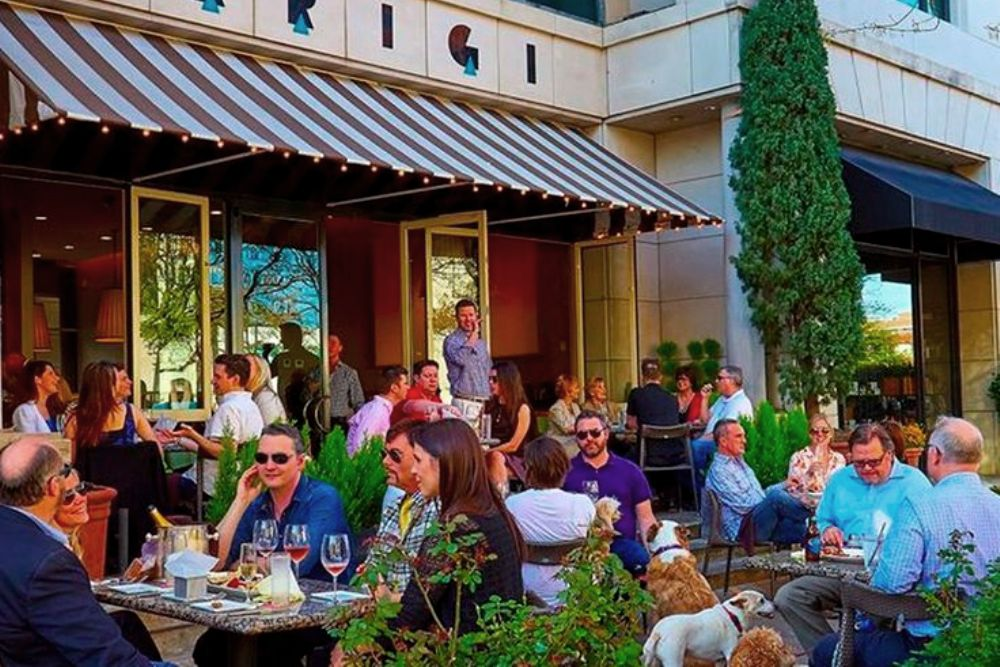 Patio Restaurants | Local Restaurants with Outdoor Patio Seating | Dining | Houston, Texas, USA