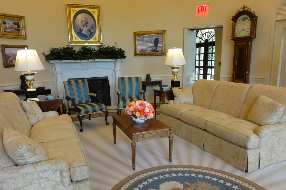 George w bush presidential center bush presidential Oval office decor by president