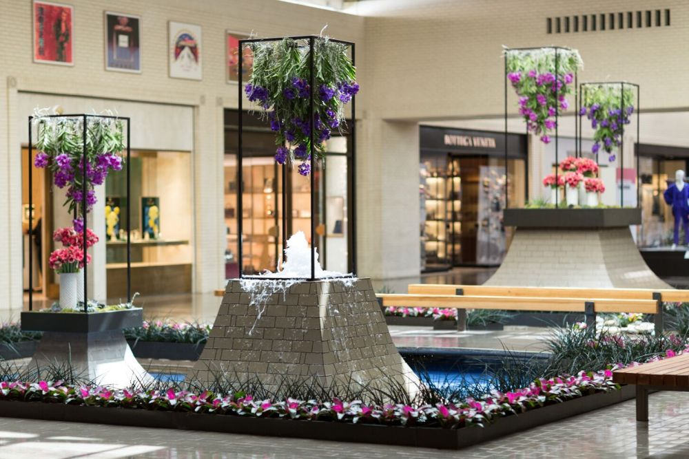 Northpark Center Hosts Community Events And Museum Quality Artwork Amidst Luxury Shops Dallas Texas Usa Information The Flash List