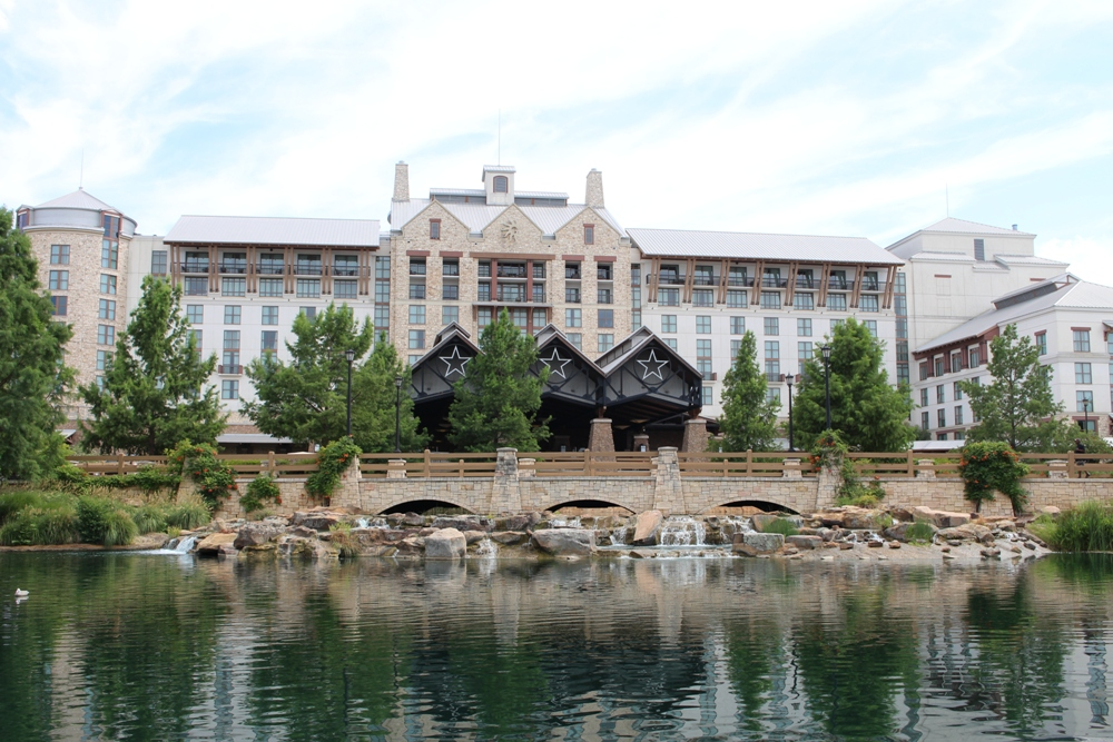 Gaylord Texan Resort Welcomes Visitors with Rustic Elegance