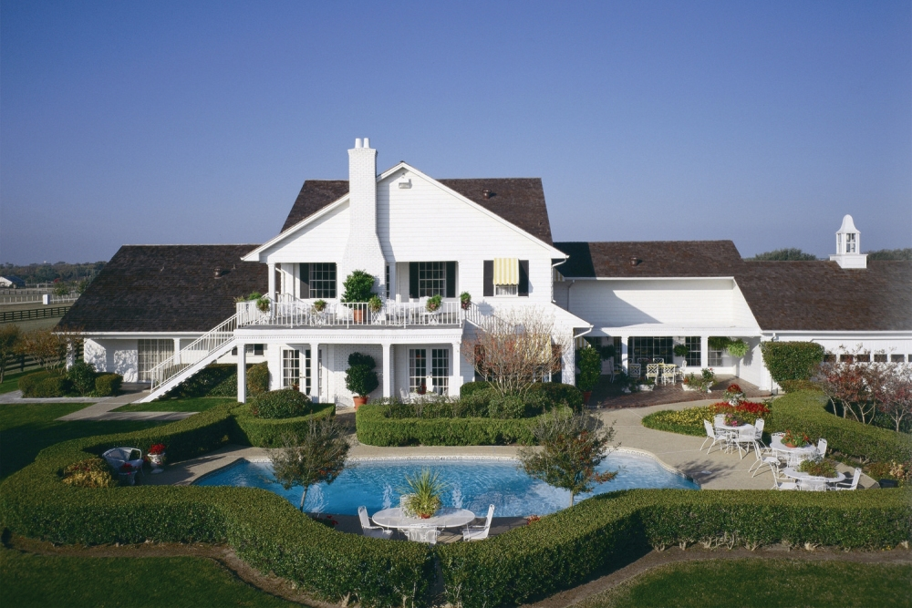Tour Southfork Ranch of the Television Series Dallas