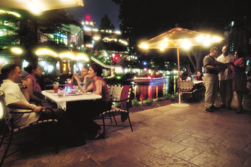 Patio Restaurants | Local Restaurants With Outdoor Patio Seating | Dining |  Galveston, Texas